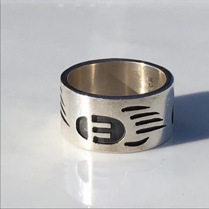 Jewelry - Bear Claw Sterling Silver Ring 10 Embossed Unisex